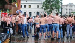 Kibice Zawiszy Bydgoszcz świętują awans do A klasy